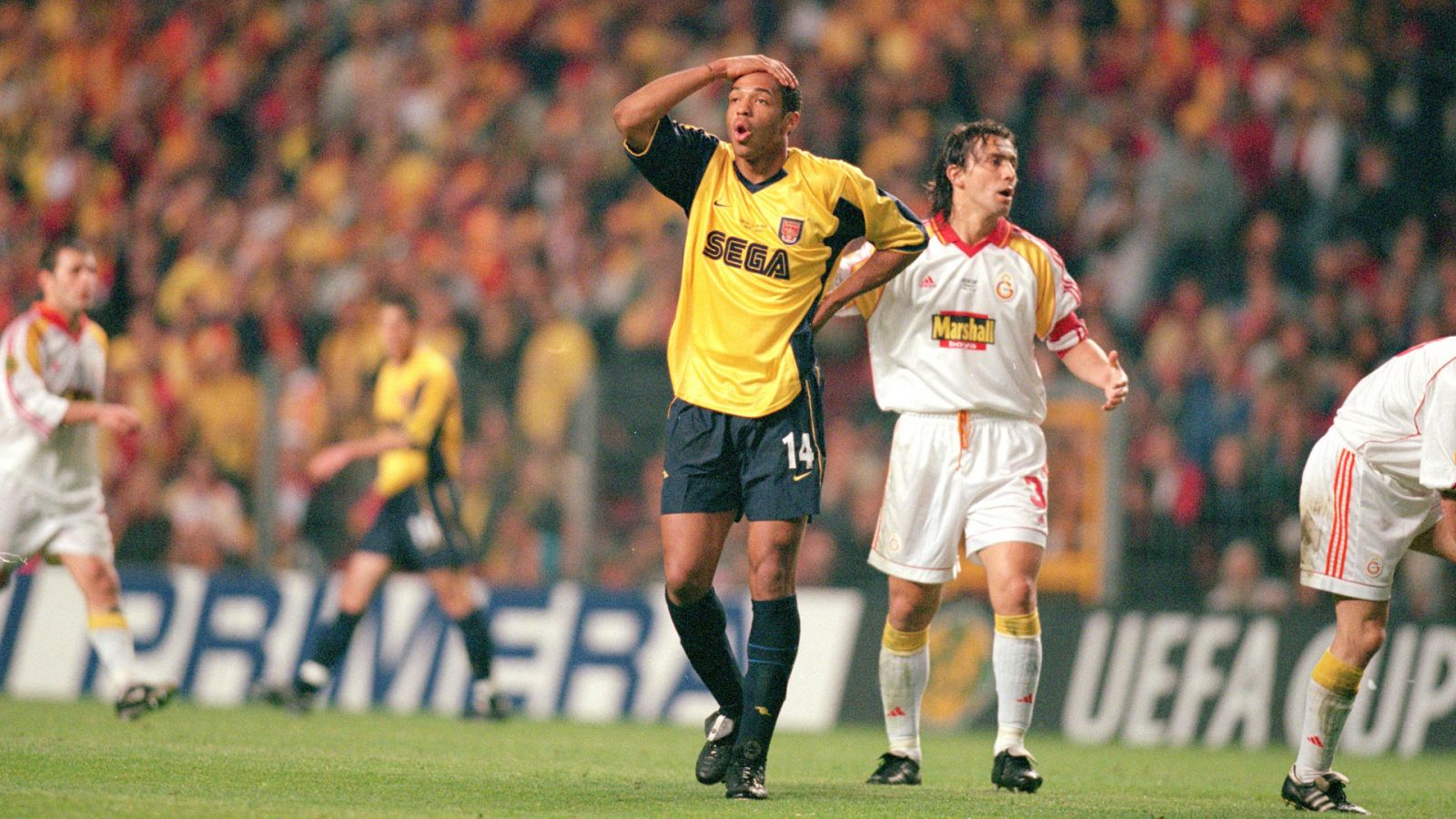 Arsenal Galatasaray 2000