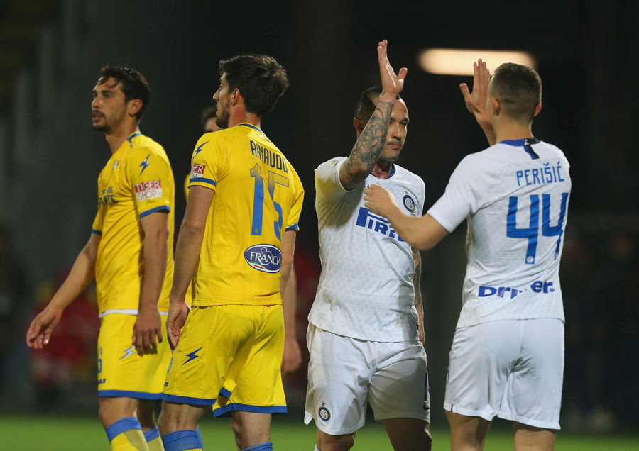 Nainggolan vs Perisic Frosinone Inter