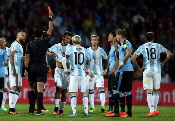 Argentina-1-0-Uruguay dybala espulsione