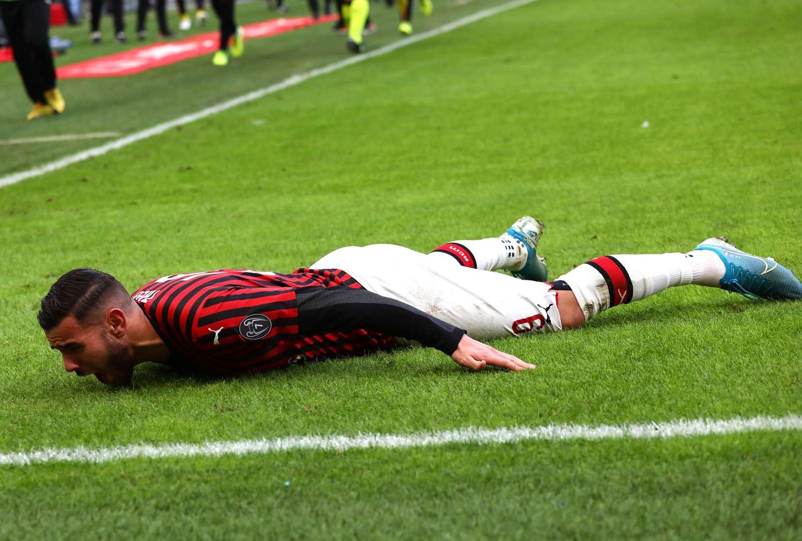 L'esultanza di Theo Hernandez dopo il gol contro l'Udinese