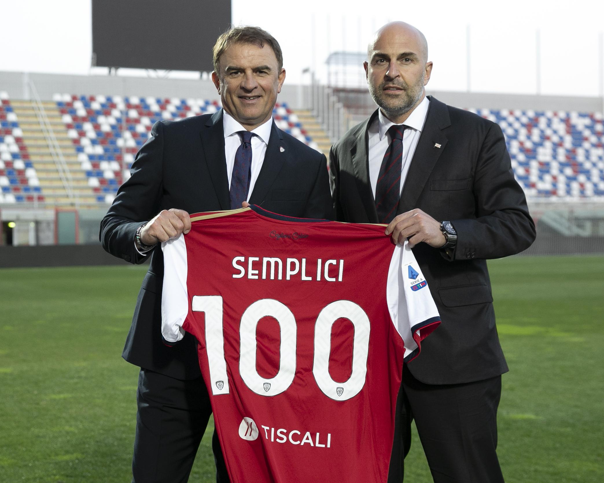 Fonte immagine: profilo Twitter ufficiale Cagliari calcio